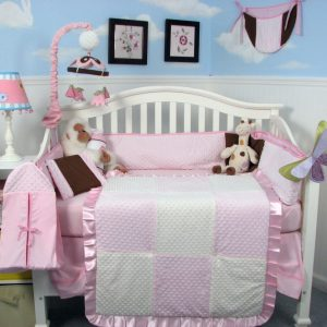 KIT DE BERCO SOHO NEW PINK MINKY DOT CHENILLE BABY 13 PCS INCLUDED DIAPER BAG WITH CHAGING PAD & BOTTLE CASE
